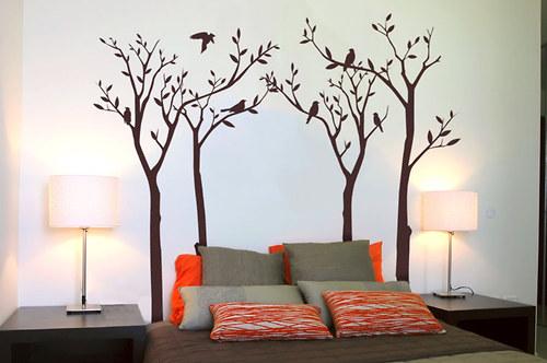 Ptáčci na stromech