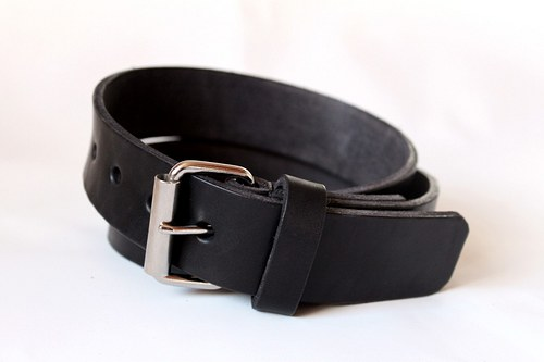 Kožený opasek (černý)