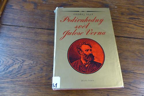 Podivuhodný svět Julese Verna, O. Neff - autogram