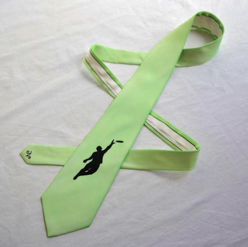 Světle zelená frisbee kravata na přání