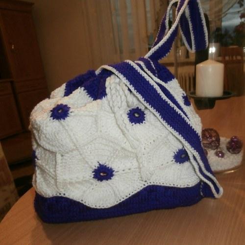 Hačkováná taška