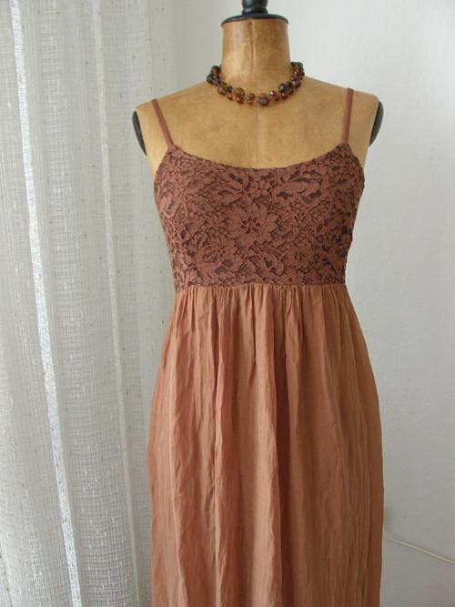 italské šaty hedvábné nenošené