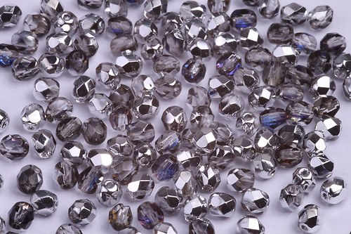 Korálky 4313 (4 mm)