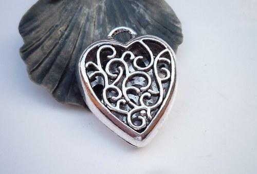 oboustranné srdce  1 ks