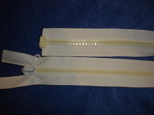 silný rozevíratelný zip 60cm