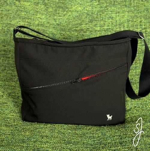 Sportovní kabelka přes rameno