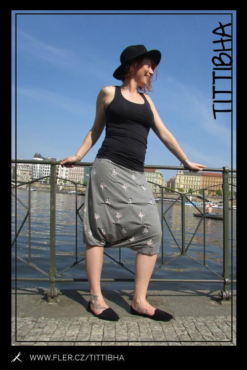 """Kalhotová sukně Tittibha \""""Óda na pohodlí\"""""""