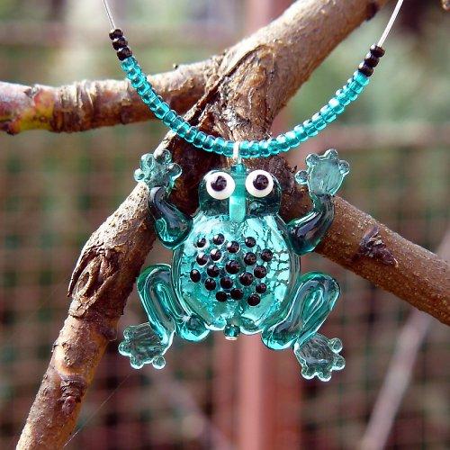 Žába emerald