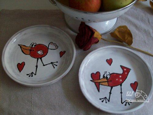 talířek s motivem ptáka