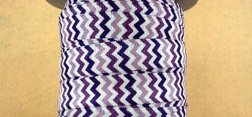Pruženka/guma š. 16 mm: Violet Chevron