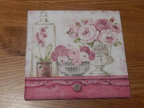 Ubrousek na decoupage - růžové zátiší