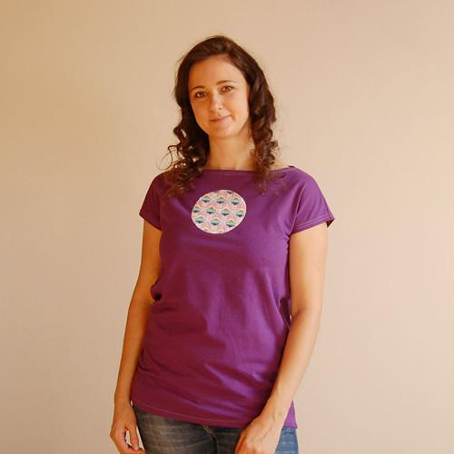 Dámské tričko fialové s kytičkami vel. 38