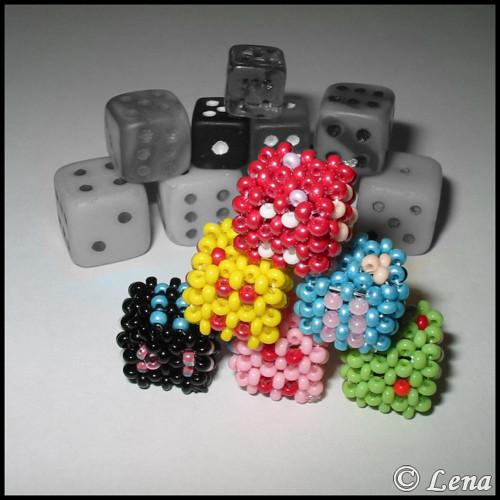 Hrací kostky z korálků - Sada