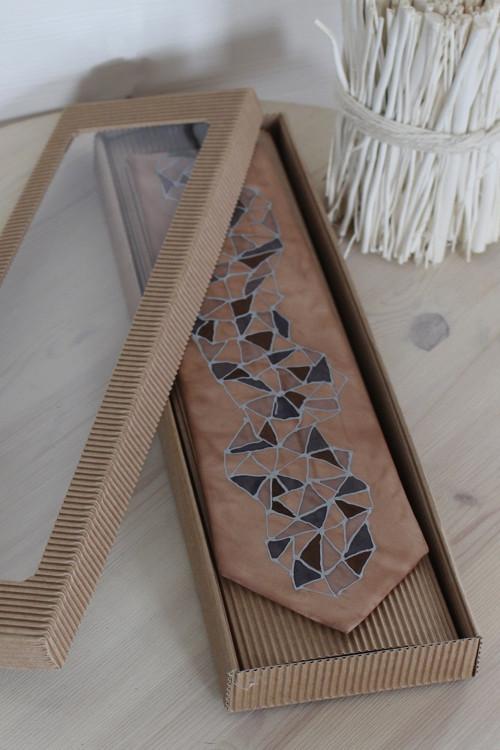 Hedvábná malovaná kravata - Kořen
