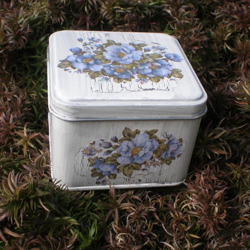 Plechová krabička s modrými květy