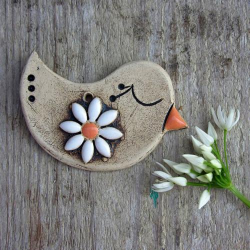 Keramický ptáček s květinkou