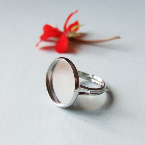 Prsten s lůžkem 16mm, platina