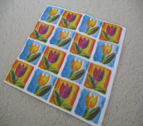 Ubrousek s tulipány