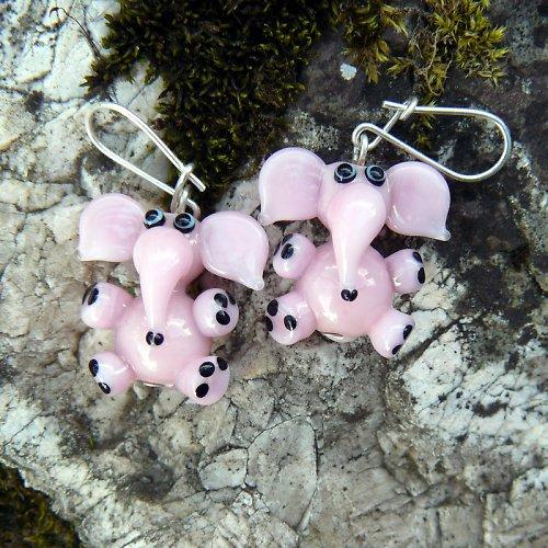 Náušnice růžový slon - vinuté perle