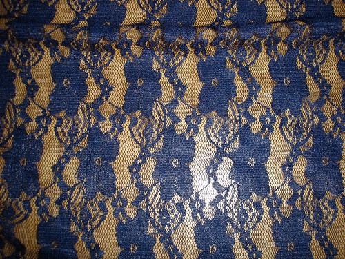 modrá elastická krajka 0,8m a kus, šíře 150cm