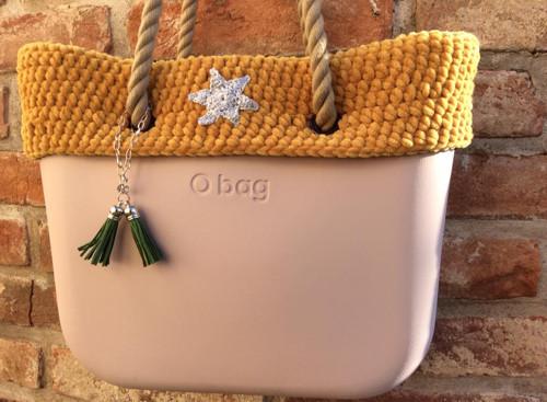 Hořčicový svetr na obag tašku