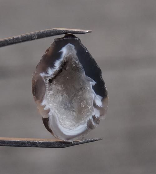 peříčkový achát (20 mm)  J787