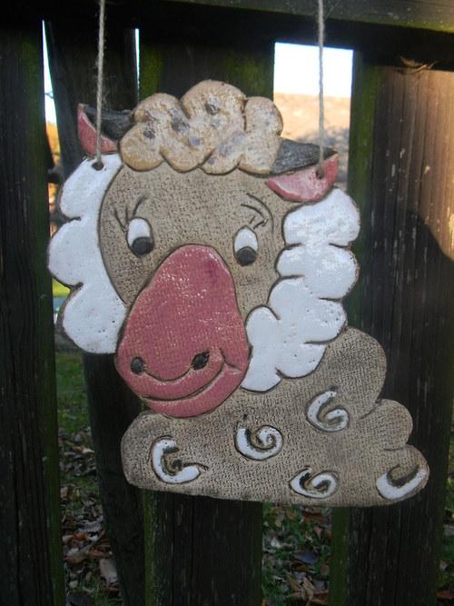 Kachle ve tvaru ovečky
