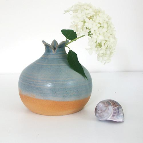 Bleděmodrá šípková - keramická váza