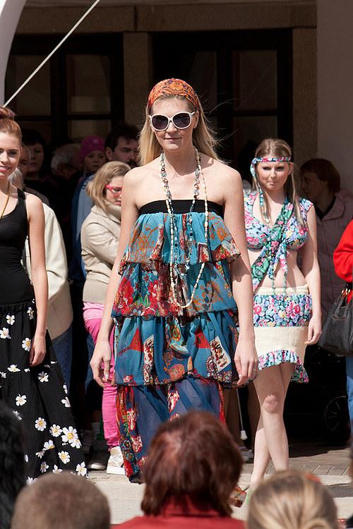 Volánkové šaty nebo sukně 2v1