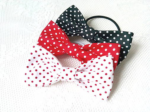Mini Pin Up hair bows (white/red/black)