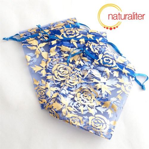 Dárkový organzový sáček modrý s růžemi 12x9cm