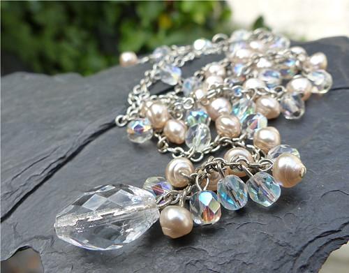 Jak zamrzla duha...náhrdelník  ze skleněných perlí