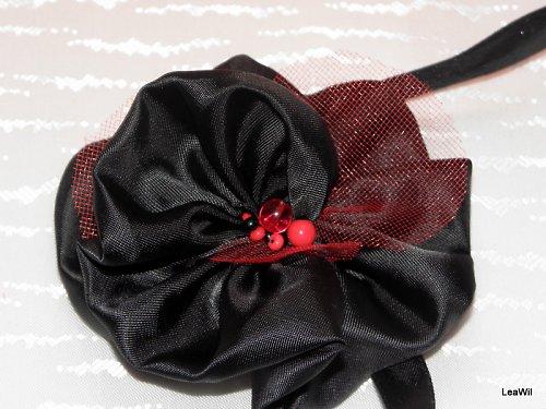 Látková růže Carmen černá
