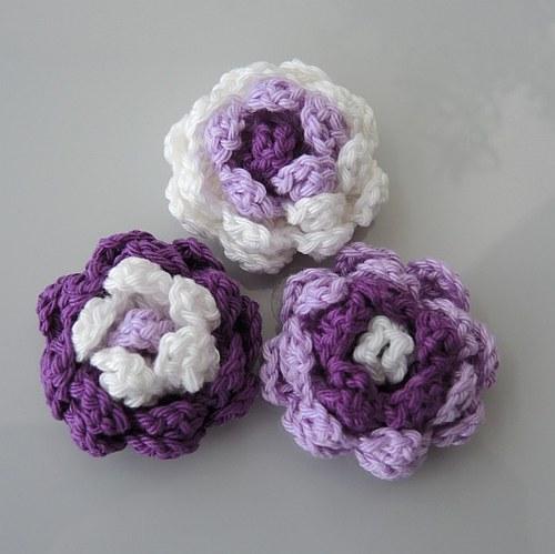 Háčkované kytičky - růžička