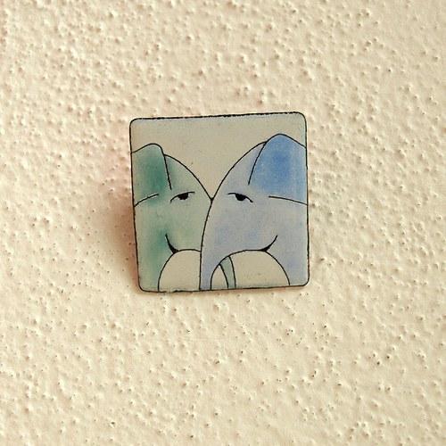 Smaltovaná brož sloni