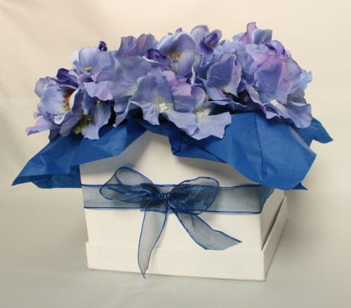 Květinová krabička plná hortenzií
