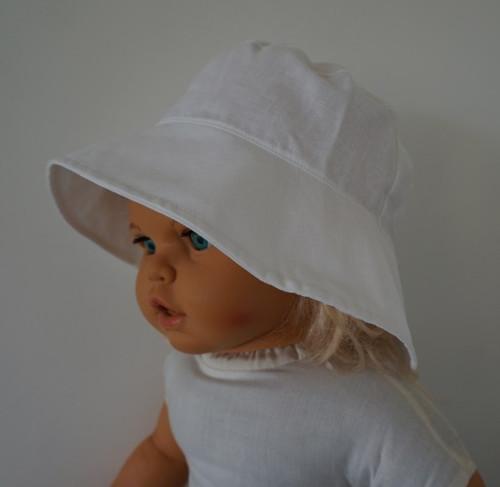 Letní plátěný klobouček BÍLÝ