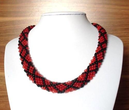 Extravaganí náhrdelník - Červený a černý