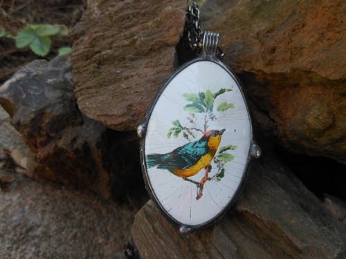 Oboustranný smaltovaný medailon s ptáčky