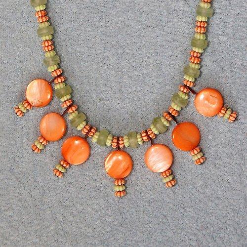 Náhrdelník oranžovo-zelený