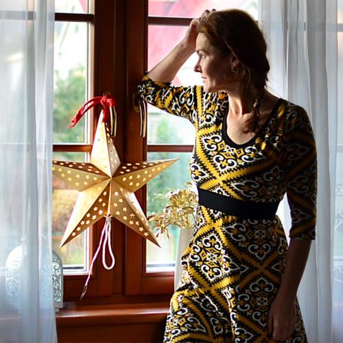 Ve zlatě- šaty