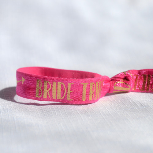 Růžový náramek Bride Tribe
