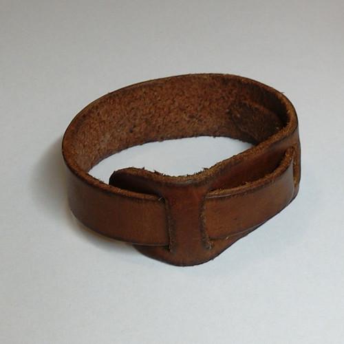 Kožený náramek - koňak