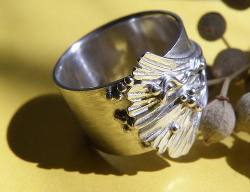 Jinanový prsten