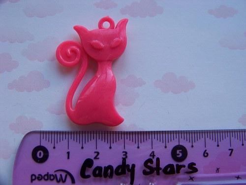 růžová kočka