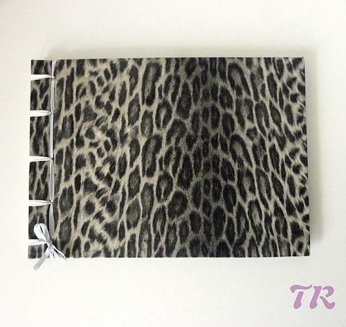 Stříbrný leopard