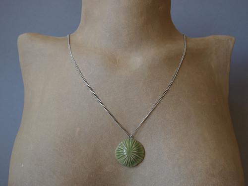 Keramický náhrdelník - houbička