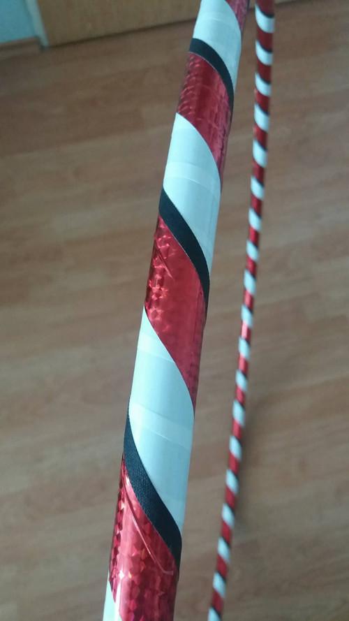 Obruč na hooping červeno-bílo-černá 95 cm HDPE