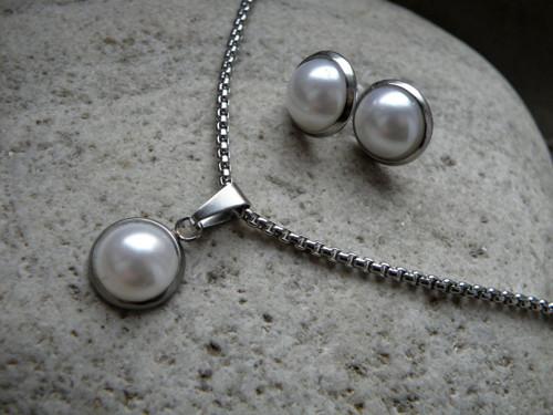 Souprava -nerez-perla-řetízek