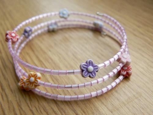 Dětský květinkový náramek